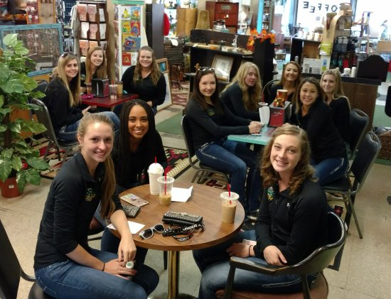 Broadus volleyball girls enjoying an afternoon in the shop.