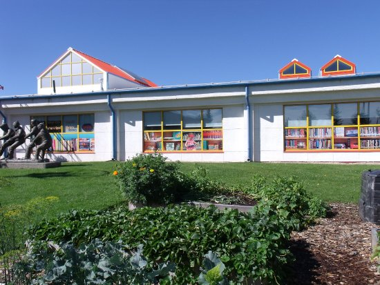 Drayton Valley Municipal Library