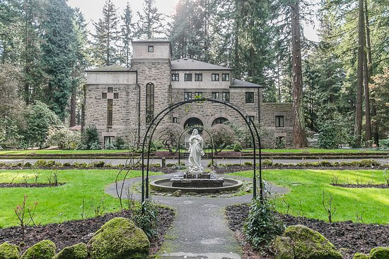 The Grotto - National Sanctuary of Our Sorrowful Mother: Servite Monastery