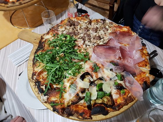 San Martino in Colle, Italien: Fantastico il giro pizza