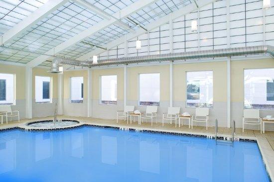 Element Ewing Princeton: Pool