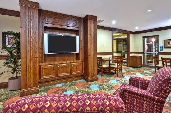 Staybridge Suites Toronto Mississauga: Lobby
