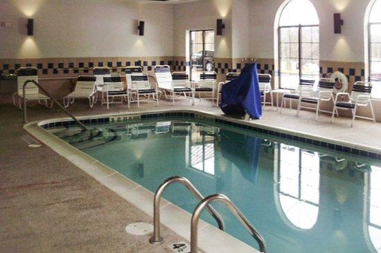 Milford, NY: Pool