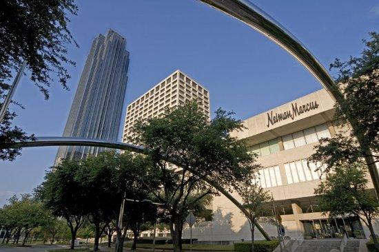 Sheraton Hotel Near The Galleria In Houston Texas