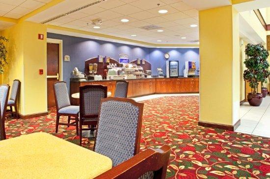 Sandston, VA: Restaurant