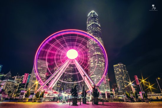 Hong Kong Observation Wheel: HK observation wheel at night