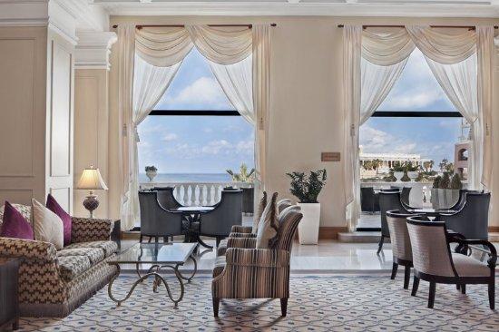 The Westin Dragonara Resort, Malta: Lobby