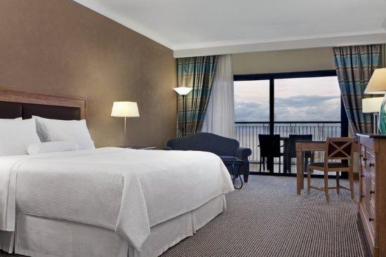 The Westin Dragonara Resort, Malta: Guest room