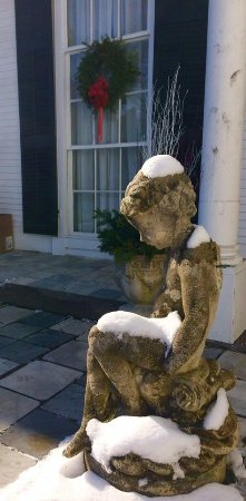 Linden Place Mansion: Sights of Linden Place decorated for the holidays!