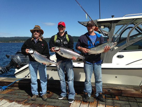 Campbell River, Canada: Silver smiles all around!