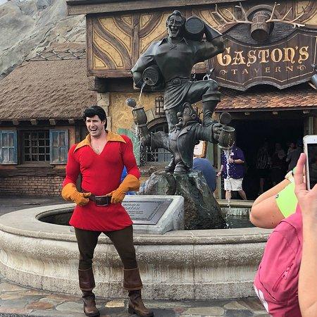 Gaston's Tavern: photo0.jpg