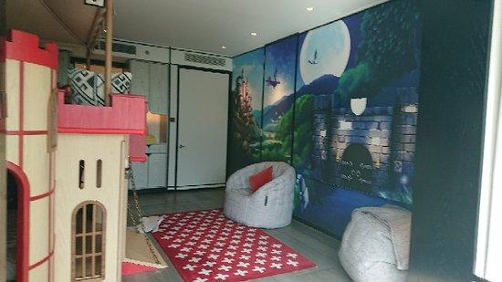 Shangri-La Hotel, Singapore: DSC_7205_large.jpg