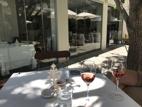 The Small Restaurant: auf der Terrasse
