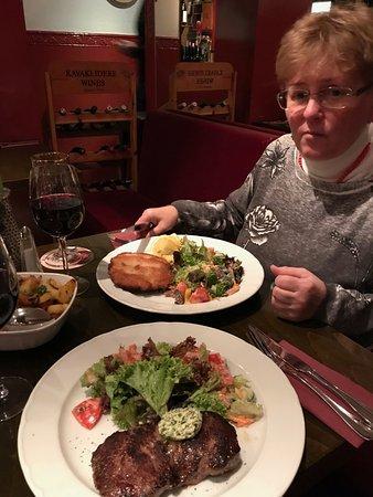 Super schmackhafte Speisen bei gutem Preis-Leistung-Verhältnis im Restaurant Campus