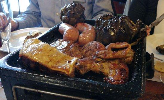 Canyelles, Ισπανία: Carnes de la calçotada