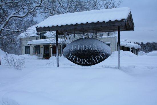 Jadraas, Sweden: A perfect place for winter activities. Ett perfekt ställe för vinteraktiviteter.