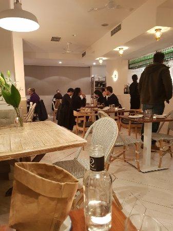 Restaurante ambig restaurante en alcal de henares con - Cocinas en alcala de henares ...