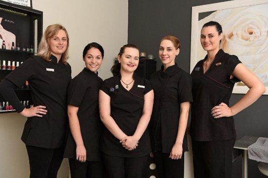 Visage Beauty & Spa: Team