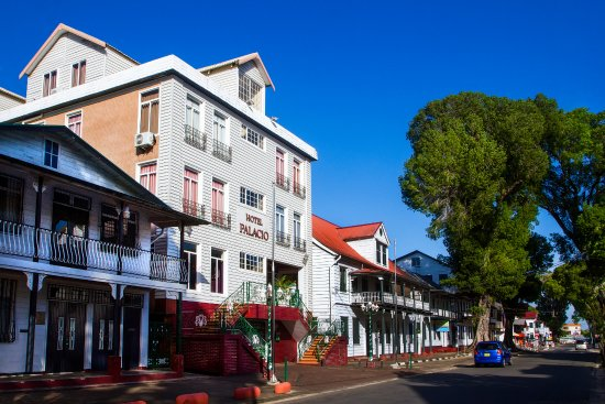 Hotel Palacio: Hotel Exterior, Historical Streetview