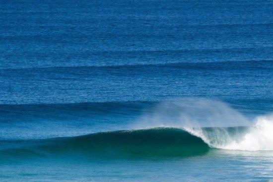 Base Surf Lodge: Fistral Beach a stones throw away.