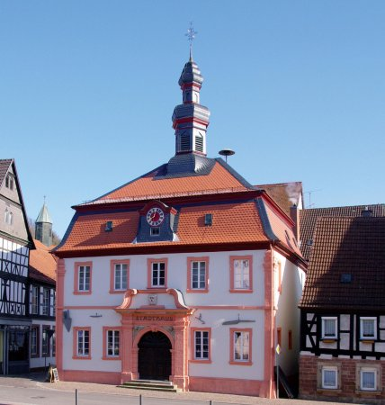 Otterberg, Deutschland: Die Touristinformation befindet sich in der Hauptstr. 54 wo auch das Museum untergebracht ist.