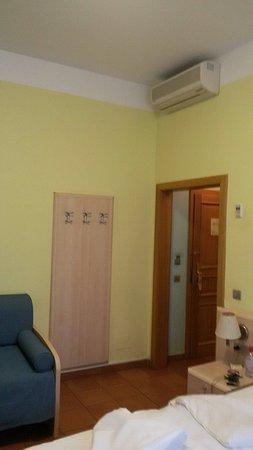 Hotel Caesar Prague: TA_IMG_20180216_145733_large.jpg