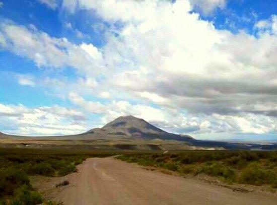 San Rafael, Argentina: Cerro Diamante desde Ruta 40