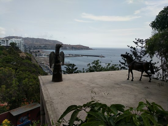 Second Home Peru: View of the beaches from the yard