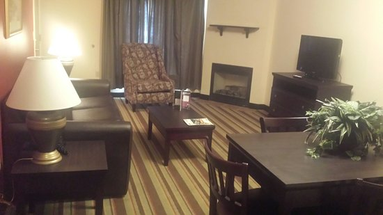 Resort at Governor's Crossing: Large living quarters!