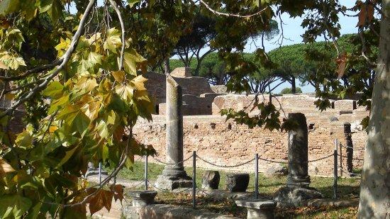 Ostia Antica, Italie : les thermes de Neptune