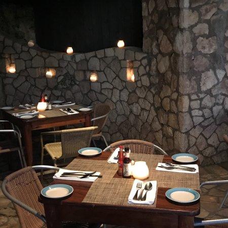 Rockhouse Restaurant: photo3.jpg
