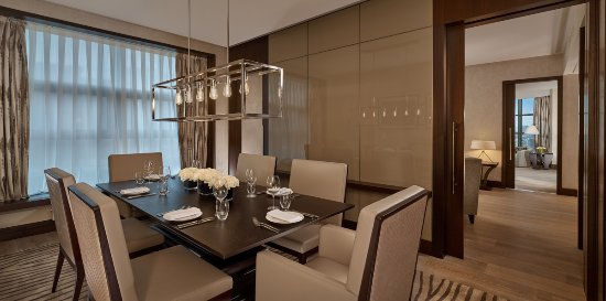 Hyatt Regency Moscow Petrovsky Park: Enjoy Regency Executive Suite with separate kitchenette, dining and living area.