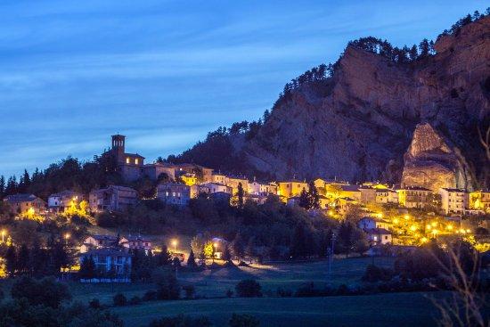Novafeltria, Italy: Vista su Perticara dal terrazzo