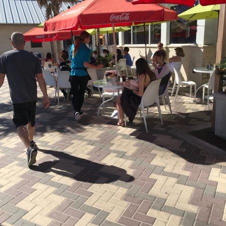 Deerfield Beach Cafe: photo6.jpg