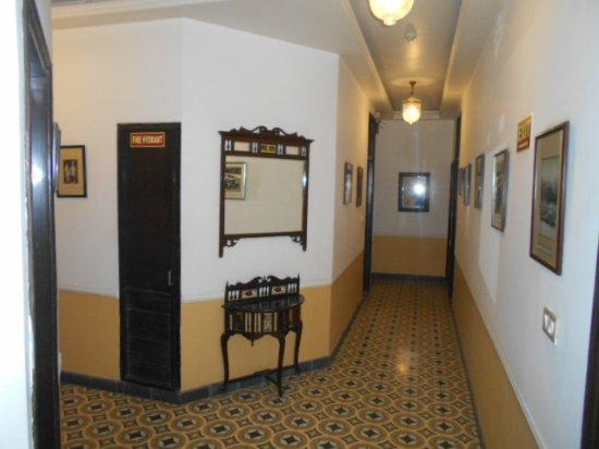Hotel Ajanta: Hotellkorridor.