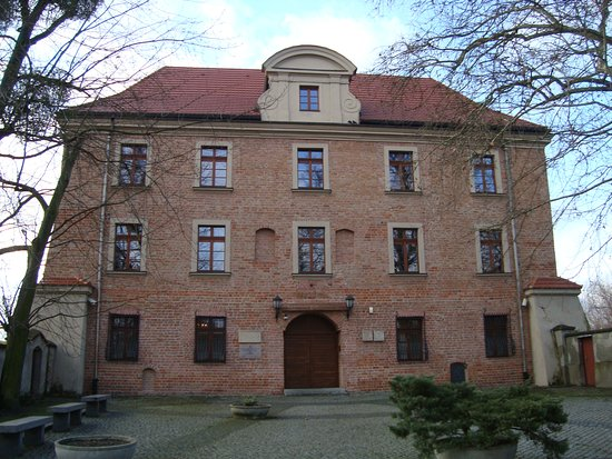 Lubranski Academy