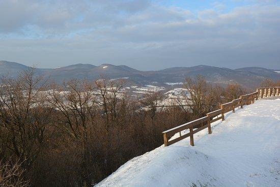 Regec, المجر: winter view from the Castle of Regec