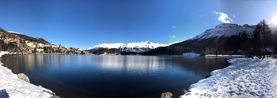Hotel Waldhaus Am See: Best location right by the lake St. Moritz
