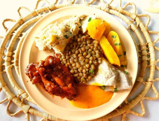 Villa des Pitons: Pranzo tipico
