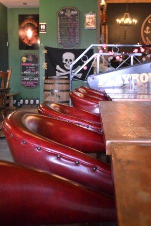 Corsaire Pub: Notre Salon de dégustation de Lauzon