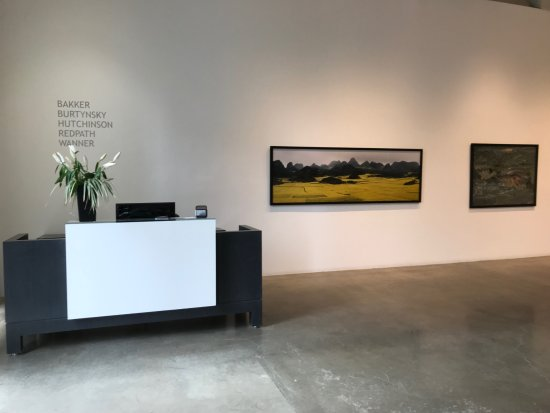 ‪Paul Kuhn Art Gallery‬