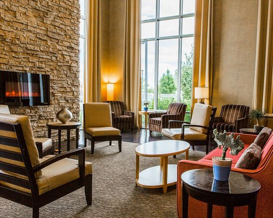 Cambria Hotel & Suites Ft Collins: Lobby