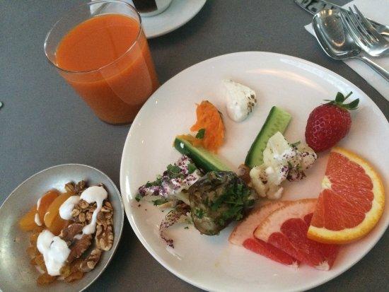 Mendeli Street Hotel: A nice breakfast