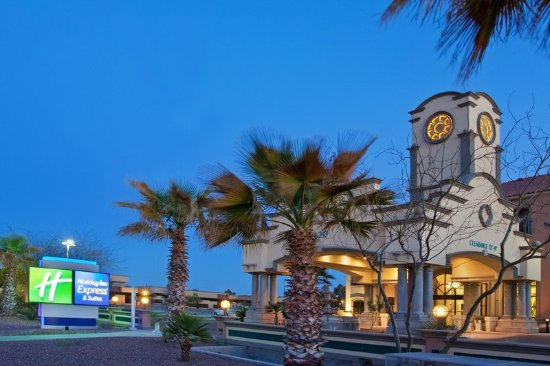 Holiday Inn Express Hotel & Suites Tucson Mall: Exterior