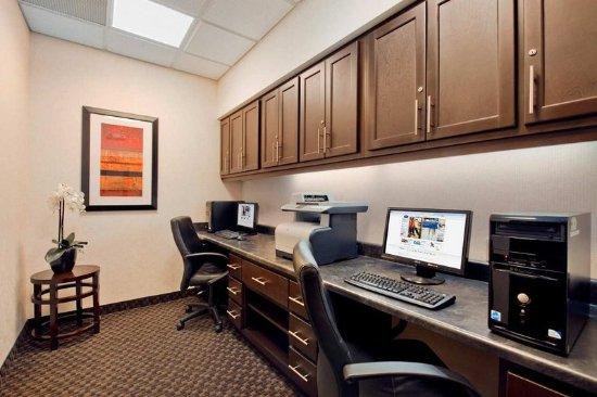 Romulus, Μίσιγκαν: Business center