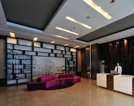 Kingtown Hotel: Lobby