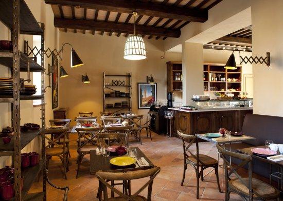 Casole d'Elsa, Italy: Restaurant