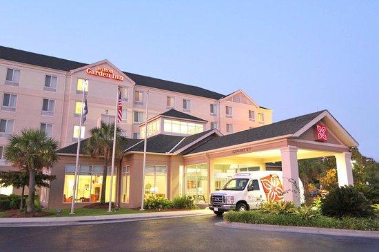 Hilton Garden Inn Baton Rouge Airport: Exterior