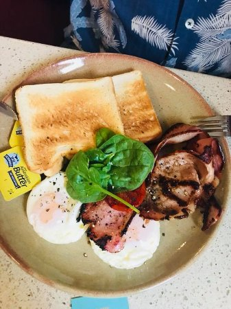 Dylans on the Terrace: Good old style Bacon and Eggs
