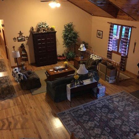 Berry Springs Lodge: photo1.jpg